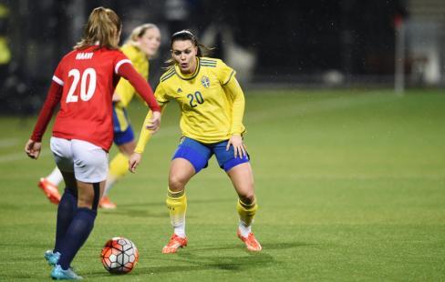 Emilia Appelqvist siktar framåt i landslaget 008bed1e186b5