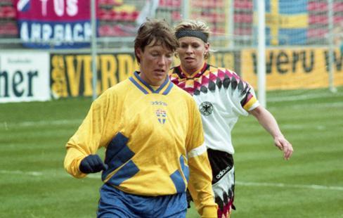 Algarve -95 var en ny markör i damfotbollens utveckling  d61bbb3aceec0